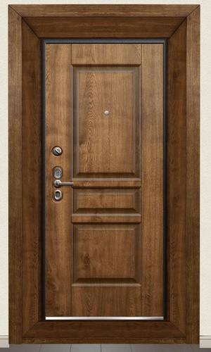 Дверь с обрамлением
